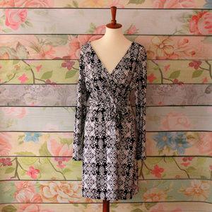 Nicole Miller B&W Belted Faux Wrap Dress, Size 16